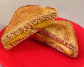 Toasty grilled cheese! (1/3 scale)- polymer clay miniatures for 18 inch dolls (American Girl, Our Generation, etc)