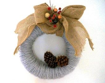 Gray Yarn & Burlap Bow Wreath