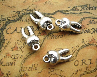 20pcs 5x8x16mm Antique Silver Tooth Beads CharmsTeeth Pendant A
