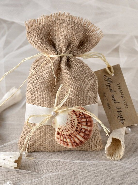 Beach Wedding Gift Bag Ideas : ... Wedding Bag, Seashell Wedding Favor Bag , Beach Bag, Rustic gift bag