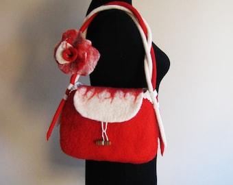 Wool  Red Handbag, Elegant Red Bag, Rose Felt Bag, Gift for Woman, Gift for Mom, Girfriend gift, Felted Purses, Mom Red Purses
