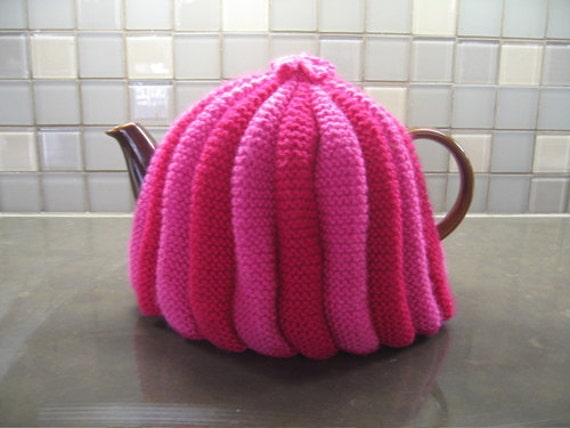 Easy Knitting Pattern For Tea Cosy : Tea Cosy Cozy Knitting Pattern