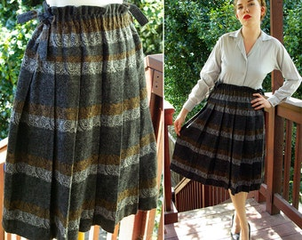 GREY Stripes 1970's 80's Vintage Grey Striped Paisley Wool Skirt with High Waist and Tie Sides // size Small Med
