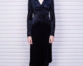 1970s Vintage Black Velvet mid length dress . 70s velvet womens dress . XS - S