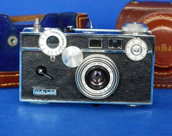 Argus C3 Rangefinder 35mm Film Camera