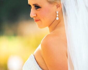 Rhinestone Bridal Earrings // Silver wedding earrings, CZ Teardrop Bridal Earrings // cubic zirconia // rhinestone // wedding earrings