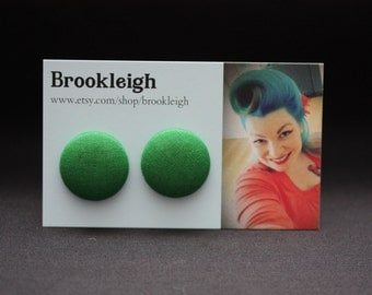 COLOUR ESSENTIALS Earrings, fabric covered 23mm (7/8 inch), rockabilly/retro/vintage inspired - Forest Green