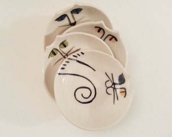 Ceramic cat pottery dish set 4: HM  by potter unique pet sitter gift stacking white choose eye color collectible cat lover kitty feeder