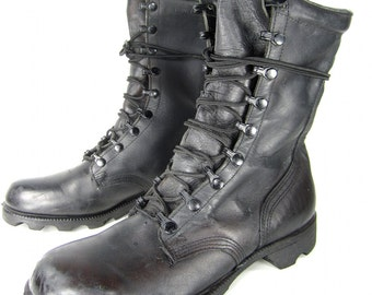 vintage 1980s black leather COMBAT boots mens 7 R womens 8 1/2 9 military issue lace up ankle METAL goth punk biker FESTIVAL nine eyelet