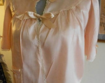 "1940's, 38"" bust, rayon satin light coral colored bed jacket"