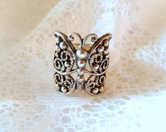 vintage butterfly sterling ring, size 7, Goth looking butterfly, sterling silver, marked 925