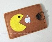 "iPod touch sleeve, ipod touch case, ipod case, ipod sleeve, ipod 4 case, ipod 5 case, ipod touch 5 case, ipod touch 4 case, ""Pacman design"""