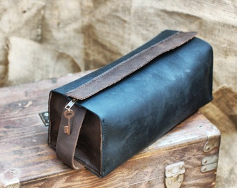 leather toiletry bag, travel bag, dopp kit, mens toiletry bag, leather shaving kit, groomsmen gift, gift for him, toiletry personalized gift
