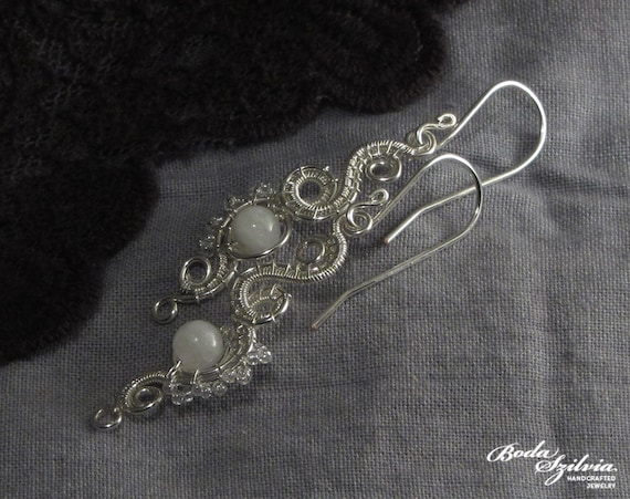 SNOW WHITE - wire wrapped earrings - silver and moonstone