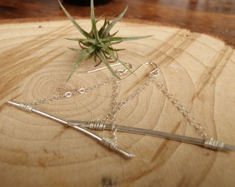 Triangular Sterling Silver Chain and Hammered Bar Earrings