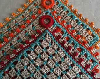 Hot Button - a crochet potholder pattern