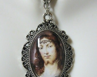 Christ pendant with chain - AP04--388