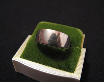 Vintage Sterling Silver Simple Band Ring Size 7