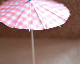 Drink umbrella, summer cocktail umbrella, cake toppers, red checkers big size 5pcs