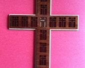 Wood Disciples Cross with halo- Medium