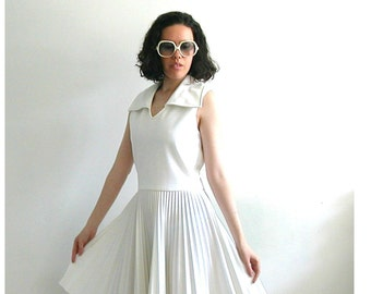1960s Dress - 60s party dress - fit and flare - pleated dress - white dress - Eve Le Coq - Marilyn dress - full skirt - S M