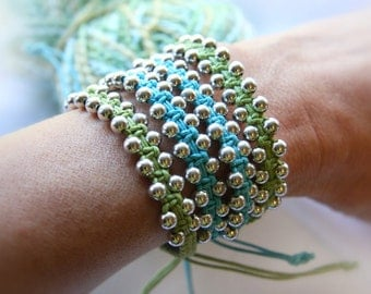 Single Wrap Bracelet Cotton Macrame Bracelet Silver Beaded Bracelet Friendship Bracelet Boho Bracelet Blue Green Bohemian jewelry trend 2017