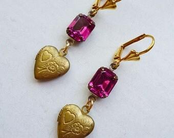 SALE // Darling & Dainty Vintage Heart Locket Earrings with Vintage 1950s Fuchsia Gems // Sweet Romantic Girly Art Deco Flowers Pink Retro