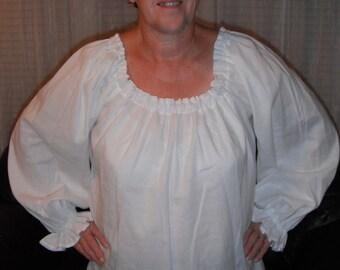 Womens (XS, S, or M)  Renaissance Faire Long Sleeve Chemise Blouse