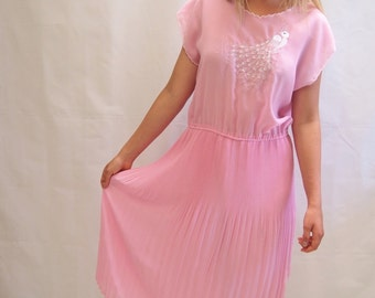Vintage 1980's pastel pink floaty pleated scalloped day dress