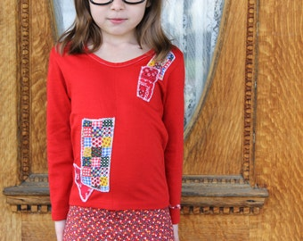 Vintage 70s GIRLS Red Patchwork Bandanna Print PATCHES Gingham Floral Crew Neck Long-Sleeve Shirt - Size 5 / 6