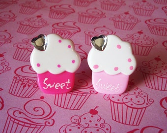 Sweet Fluffy Cupcake Ring