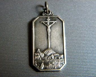 """Vintage Souvenir CALVARY of TANDIL Silver Religious Medal on 18"""" sterling silver rolo chain"""