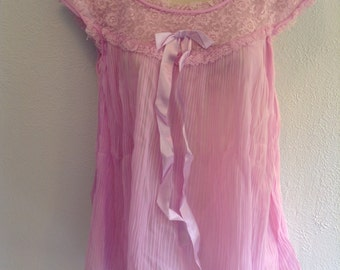 Sheer Babydoll Nightie with matching all Nylon PANTY. Vintage 1960, Lavender Pink Chiffon Baby Doll, Nightgown. Mod, Lolita. Size Medium.