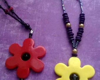Flower necklace in red and yellow colors