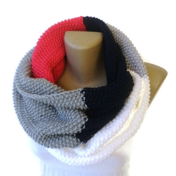 Dr Who Style Scarf Knitted Infinity Scarf Chunky Knit Scarf Eternity Fashion Scarf Winter