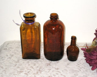 3 Antique Brown Amber Bottles Collection / Paul Jones Miniature Whiskey, Apothecary, Medicine / Owens-Illinois & Others / Bubbles