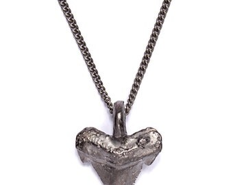 Men's Jewelry - Gifts for men - Silver plated brass shark tooth necklace for men - Jewelry for men - Shark tooth necklace - Shark pendant