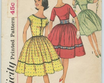 1960s Simplicity 3532 Sub Teen One-Piece Party Dress Full Skirt Vintage Sewing Pattern Bust 33