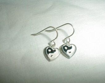 ying yang earrings 90's earrings the 90's silver earrings black white earrings deadstock ying yang heart earrings grunge jewelry