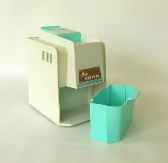 Ice Crusher Turquoise Kitchen Small Appliance Proctor Silex 1960s
