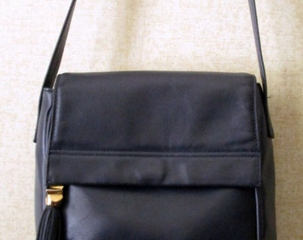Crossbody Bag navy blue leather shoulder bag long strap purse with leather tassel bag charm vintage 80s 90s hipster high fashion Diamicci