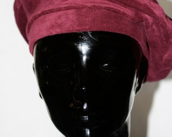 Vintage Early '90s Burgundy Velvet Beret