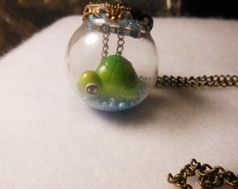 Sea Turtle Aquarium Terrarium Necklace