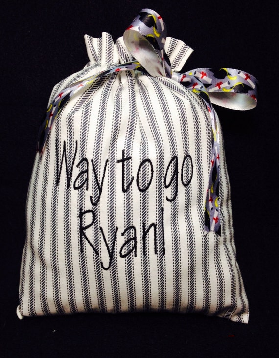 Personalized graduation gift bag