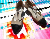 Wingtip Shoes/ School Girl/ Saddle Shoes/ Mary Janes/ Clueless/ Minimalist Shoes/ 80s Shoes Women/ Cut Out Shoes/ Size 8 Sandals/ Schoolgirl