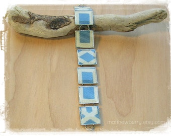 Blue & White Geometric Abstract Fabric Print Bracelet - Cloth Jewelry - Fabric and Resin Jewelry