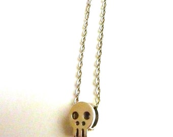 Tiny pendant silver SKULL PENDANT silver CHAIN Day of dead Unisex necklace Minimalist Metalwork