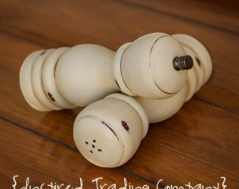 CHOOSE YOUR COLOR - Painted,Distressed, Wooden Pepper Mill and Salt Shaker - Old Ochre