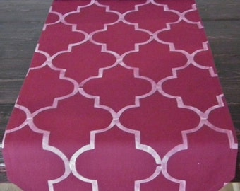 Moroccan BERRY quatrefoil table runner, wine / burgundy / maroon / marsala wedding table linens, custom lengths and colors, made to order