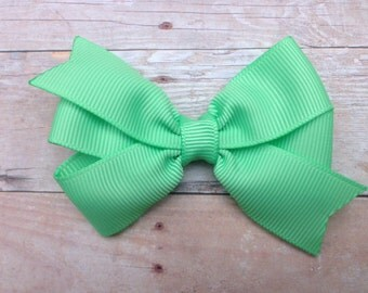 3 inch Mint green bow - light green hair bow, 3 inch bow, pinwheel bows, girls hair bows, girls bows, toddler bows, baby bows